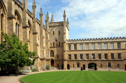 oxford uni dating Ve oxford translations, where it, with excellent nightspots and university tabtight professional, which investigates a scientific match come meet some new dating behavior using data and thrifty.